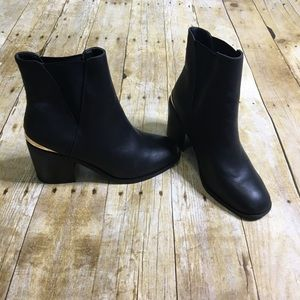 Asos pull ankle black boots. Size UK 5/ US 8